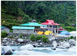 Camping and trekking in beautiful Barot valley