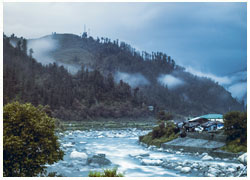 Take an Epic Trip to Barot Valley